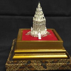dpt144j-prambanan-temple-hindu-750000